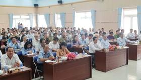 Hội nghị tiếp xúc cử tri sau kỳ họp lần thứ 6 - Quốc hội khóa XIV