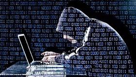 Khởi tố, bắt tạm giam hai đối tượng dùng công nghệ cao lừa đảo