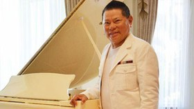 Vụ kiện của ông Hoàng Kiều với SKY Music sẽ kéo dài cả năm