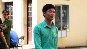 Bác sĩ Hoàng Công Lương tiếp tục hầu tòa sau khi ra viện