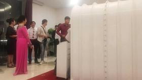 Buồng oxy toàn năng đang đặt tại Khách sạn Tân Sơn Nhất (Q. Tân Bình)