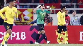 Thủ môn Đặng Văn Lâm trong màu áo đội tuyển Việt Nam tại Vòng chung kết AFF Cup 2018. Ảnh: MINH HOÀNG