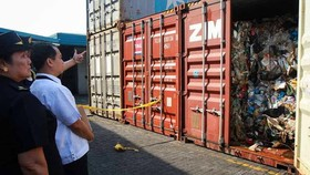 Philippines leo thang căng thẳng với Canada vì rác thải tái chế. Ảnh: Hải quan Philippines