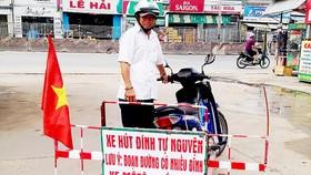 Tự nguyện giữ an toàn cho người đi đường