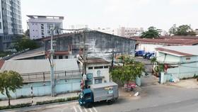 Khu đất 504 Nguyễn Tất Thành, quận 4, TPHCM. Ảnh: THÀNH TRÍ
