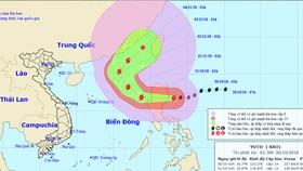 Vị trí và đường đi của bão Yutu. Ảnh: TTDBKTTVTW