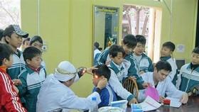 Phúc tra, đánh giá kết quả kiểm tra y tế trường học tại 12 quận, huyện