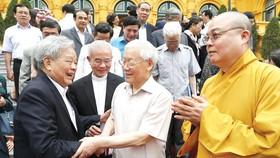 Tổng Bí thư, Chủ tịch nước Nguyễn Phú Trọng gặp gỡ các đại biểu