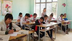 Khẩn trương chi tiền lương cho giáo viên hợp đồng tại Quảng Ngãi
