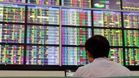 Cấp 356 mã giao dịch chứng khoán cho nhà đầu tư nước ngoài