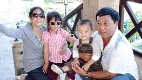 Hạnh phúc gia đình có được từ sự chia sẻ giữa vợ chồng. Ảnh: DŨNG PHƯƠNG