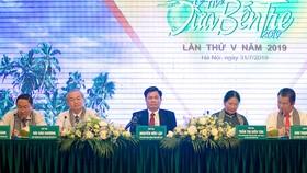 Họp báo giới thiệu Lễ hội Dừa Bến Tre lần thứ V năm 2019. Ảnh: bentre.gov.vn