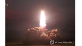 Vụ thử tên lửa chiến thuật thế hệ mới tại một địa điểm ở Triều Tiên, ngày 6-8-2019 (do Hãng thông tấn Trung ương Triều Tiên KCNA đăng phát ngày 7-8-2019). Ảnh: Yonhap