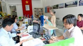 Thay đổi tư duy quản lý sang phục vụ nhân dân