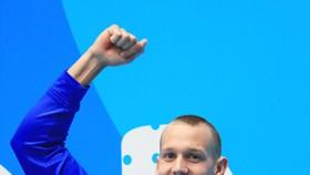 Caeleb Dressel – thần tượng mới của làng bơi lội nước Mỹ.
