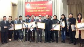 59 tác phẩm được trao giải thưởng văn học, nghệ thuật