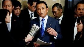 Căng thẳng trên chính trường Nhật Bản