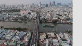 Cầu Kênh Tẻ kết nối quận 4 với khu Nam thành phố   Ảnh: THÀNH TRÍ