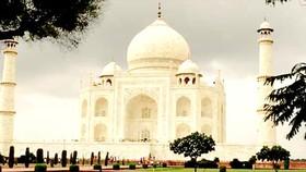 Đền Taj Mahal có dấu hiệu hư hại