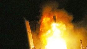 Mỹ, Anh và Pháp đang chuẩn bị đợt không kích mới vào Syria - theo Bộ Quốc phòng Nga. Ảnh: AP.