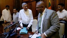 Sri Lanka lún sâu vào khủng hoảng