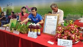 Phiên chợ hàng nông sản Việt tại tỉnh Đồng Tháp