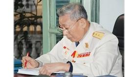 """Trung tướng Đồng Sỹ Nguyên với """"Nghĩa tình Trường Sơn"""""""