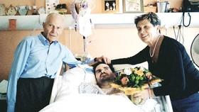 Ông Vincent Lambert và cha mẹ