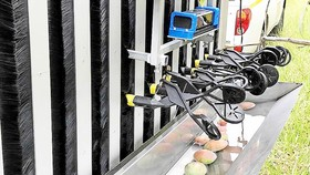 Thử nghiệm robot hái xoài đầu tiên trên thế giới