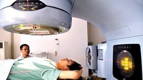 Khám tầm soát phát hiện sớm ung thư. Ảnh: QUỐC KHÁNH