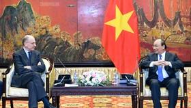 Thủ tướng tiếp Chủ tịch Hiệp hội Italy-ASEAN. Ảnh: VGP