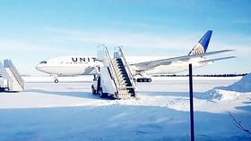 Máy bay đóng băng, không thể cất cánh