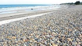 Đề xuất giải pháp trả lại nguyên trạng cho bãi đá 7 màu bị xâm hại