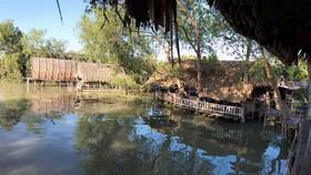 Một điểm lấn chiếm bờ sông Sài Gòn mới được phát hiện ở phường Thạnh Mỹ Lợi (quận 2). Ảnh: KIỀU PHONG
