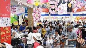 """Tháo """"nút thắt"""" thị trường cho hàng Việt"""