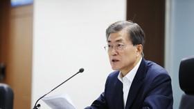 Koreas to open hotline between leaders Friday