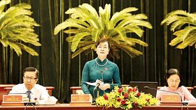 Photo: SGGP Nguyen Thi Quyet Tam, chairwoman of the council gives closing speech