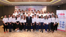 90 scholarships offered to students in Hanoi, HCMC, Danang & Can Tho