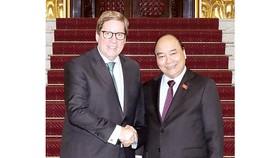 Thủ tướng Nguyễn Xuân Phúc tiếp ông Mato Gabriel