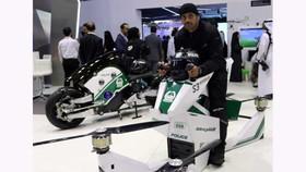 Cảnh sát Dubai mua mô tô bay để tuần tra