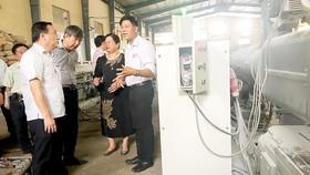 Đại diện Sở Công thương TPHCM trực tiếp đi nắm tình hình và tháo gỡ khó khăn cho doanh nghiệp
