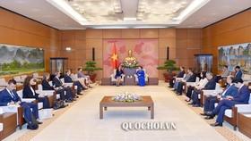 Chủ tịch Quốc hội Nguyễn Thị Kim Ngân tiếp Cao ủy phụ trách thương mại EU