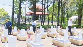 Hà Tĩnh chi hơn 4,7 tỷ đồng mua lễ vật thờ cúng liệt sĩ