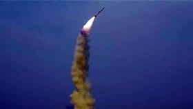 Triều Tiên thử nghiệm tên lửa đa nòng