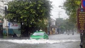 Miền Trung đối mặt mưa lớn