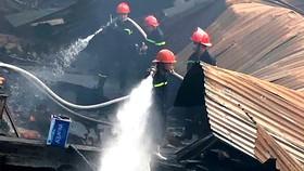 Cháy lớn gia tăng