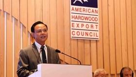 Thứ trưởng Bộ Nông nghiệp và Phát triển nông thôn Hà Công Tuấn phát biểu khai mạc. Ảnh: TTXVN
