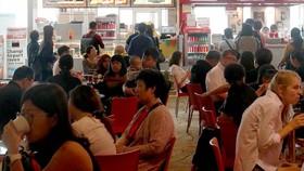 Dân số Singapore tăng trưởng thấp nhất trong 10 năm qua