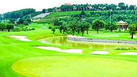 Ồ ạt bổ sung sân golf vào quy hoạch