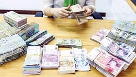 Ngành ngân hàng 2019 - Sức ép ngoại lai